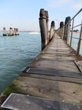 Piccolo pilastro di legno a Venezia Immagini Stock