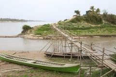 Piccolo ponte di bambù fotografia stock
