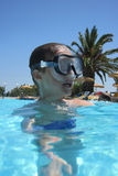Piccolo ragazzo dell'operatore subacqueo Fotografia Stock