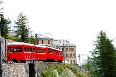 Piccolo treno rosso - alpi francesi Fotografia Stock Libera da Diritti