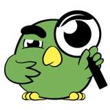 Piccolo uccello sveglio del fumetto con una lente d'ingrandimento Fotografia Stock Libera da Diritti