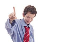 Piccolo uomo d'affari, sollevante la sua mano con una barretta Fotografia Stock Libera da Diritti