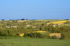 Piccolo villaggio sulla campagna in Polonia Fotografia Stock Libera da Diritti