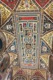 Piccolomini图书馆天花板在锡耶纳Cathedral Duomo di Sien 库存照片
