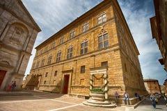 Piccolomini宫殿在皮恩扎,锡耶纳省的,意大利 免版税库存图片