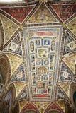 Piccolomini arkiv, Siena, Tuscany, Italien royaltyfria foton