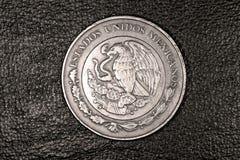 Pièce de monnaie du peso Dix mexicain Image libre de droits
