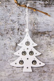 Picea blanca y campanas en el fondo Fotos de archivo libres de regalías