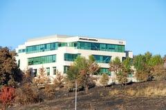Picenti en Brinker-de bouw van firestorm in Noordelijk Californië wordt gespaard dat stock foto's