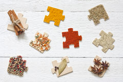 Épices d'ingrédients de nourriture et concept de régime de puzzle Photo stock