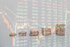 Pièces de monnaie disposées comme graphique Photo stock