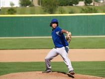 Pichet de base-ball de lycée Image stock