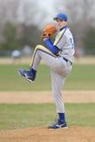 Pichet de base-ball de lycée photos stock
