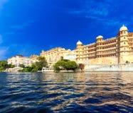Pichola湖在印度Udaipur拉贾斯坦 免版税图库摄影