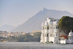 Pichola湖在Udaipur印度 库存图片