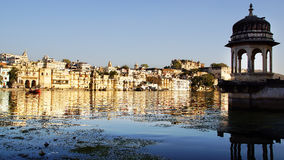Pichola lake and Palas. Udajpur, India Royalty Free Stock Images