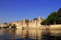 Pichola See-Seite Architektur, Udaipur, Rajasthan, Indien Stockfotografie