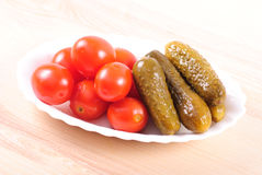 Pickled tomatoes and cucumbers Royalty Free Stock Photos