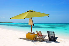 Picknick auf dem tropischen Strand Lizenzfreie Stockfotografie
