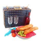 Picknick met blauwe mand Stock Fotografie
