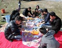 Picknick op bergen Royalty-vrije Stock Foto