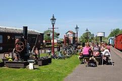 Picknick op spoorwegplatform, Brownhills-het Westen Royalty-vrije Stock Foto's