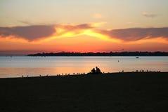 Picknick på solnedgången Royaltyfri Foto