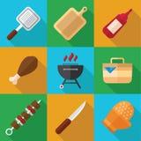 Picknick-und Grill-Lebensmittel-Ikonen-Satz in einem flachen Design Lizenzfreie Stockfotografie