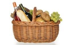 Picknickkorb. Stockfoto