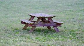Picknicklijst Stock Afbeeldingen