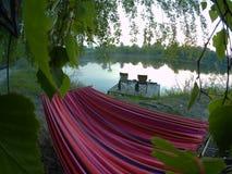 Picknickplats sjö picknick, natur som är utomhus- Royaltyfri Foto