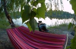 Picknickplats sjö picknick, natur som är utomhus- Royaltyfri Fotografi