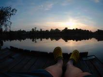 Picknickplats sjö picknick, natur som är utomhus- Fotografering för Bildbyråer