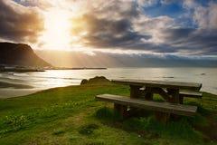 Picknicktisch in Island Lizenzfreie Stockfotografie