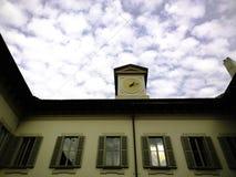 Pickolaflöjt Teatro MILAN för klockatorn royaltyfri foto
