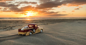 Pickup Truck Sand Sunset Royalty Free Stock Images