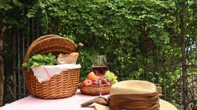Picnic basket with food royalty free stock photos
