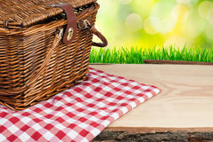 Picnic basket on the table top angle Stock Photography