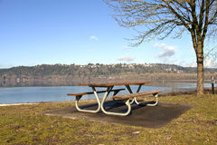 Picnic bench with a view Oregn parks. Stock Images