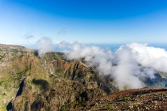 Pico做Arieiro视图,马德拉岛 库存图片