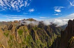 Pico做Arierio和Pico Ruivo -马德拉岛葡萄牙 库存照片