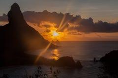 Pico小山费尔南多・迪诺罗尼亚群岛海岛 图库摄影