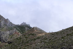pico arieiro的人们在马德拉岛海岛上 免版税图库摄影