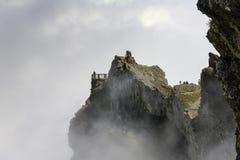 pico arieiro的人们在马德拉岛海岛上 免版税库存照片