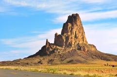 Pico de Agathla do vulcão do EL Capitan no vale o Arizona do monumento imagens de stock