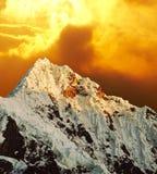 Pico de Alpamayo Fotos de Stock Royalty Free
