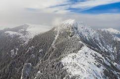 Pico de Ceahlau en rumano Cárpatos Fotografía de archivo