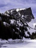 Pico de Hallett no inverno imagens de stock royalty free