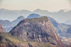 Pico de la cabeza del ` s del dragón - Nova Friburgo fotografía de archivo