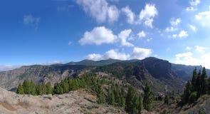 pico de las Nieves和Roque Nublo山断层块  免版税库存图片